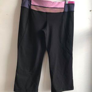 Lululemon Yoga Wide Leg Capri Size 12